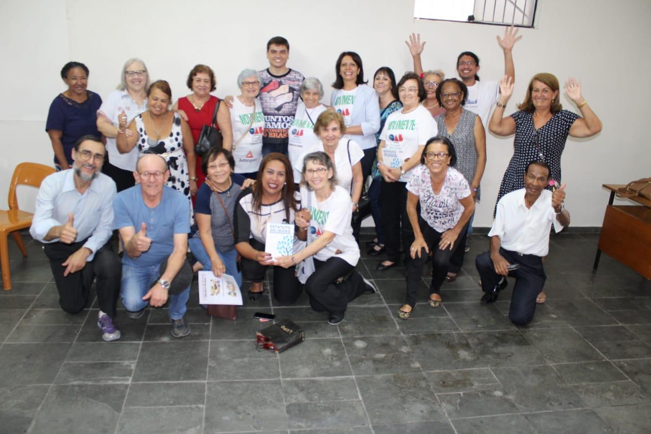 Imagem de Servidores participam da Palestra